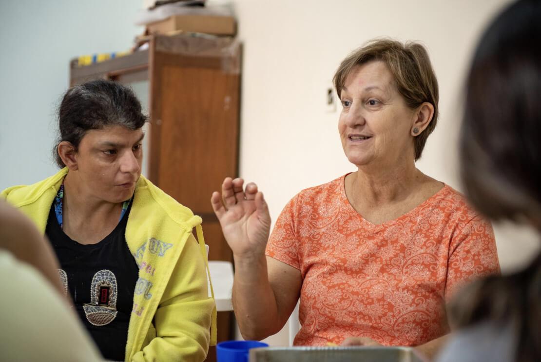 Terapeutas graduados nas áreas de educação e saúde